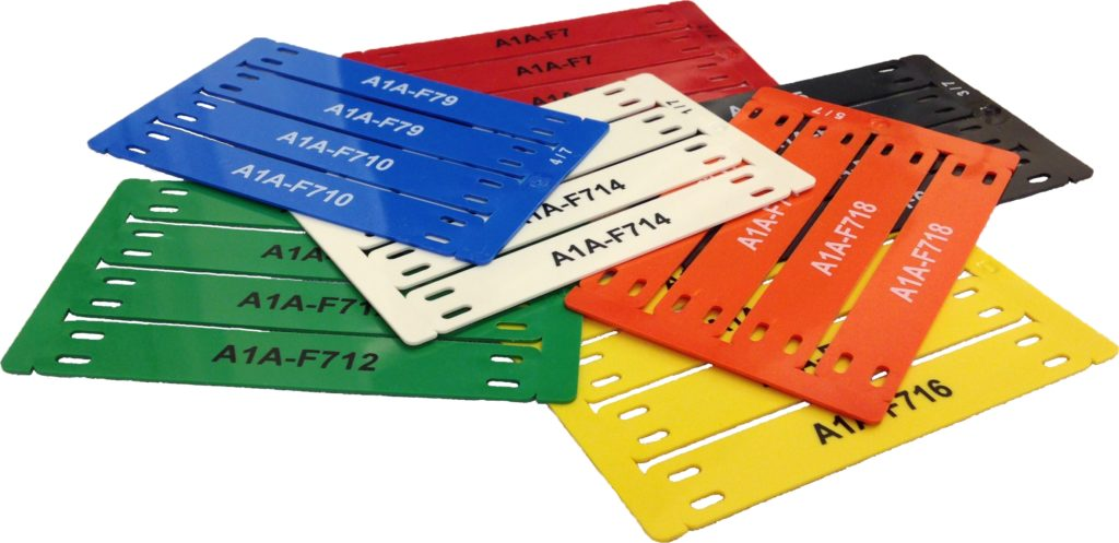 Etiquettes de câbles au format carte en ABS